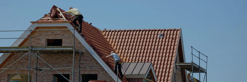 From replacing dry rot damage to sealing flashing, we perform all roofing repairs.